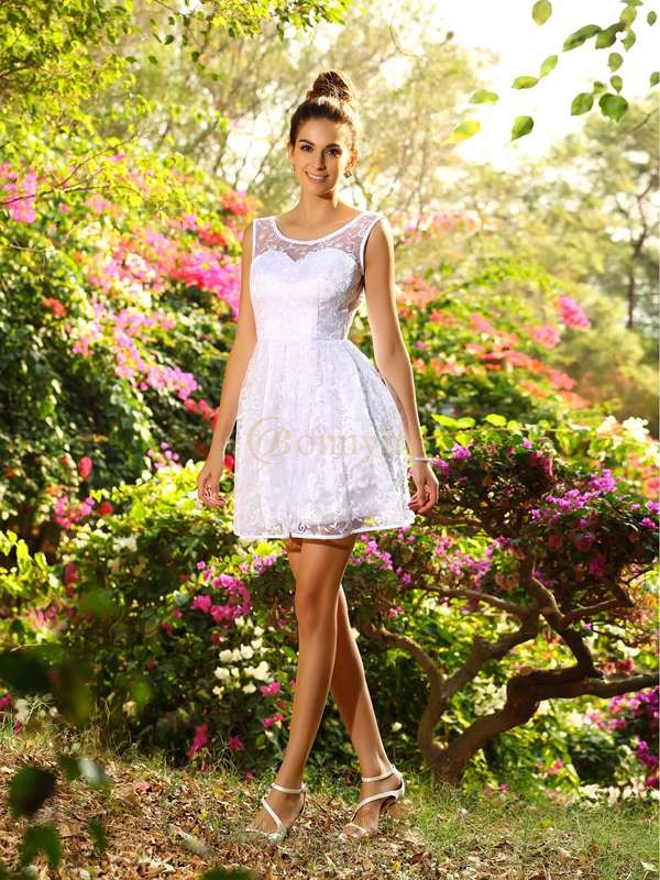 White Lace Bateau A-Line/Princess Short/Mini Bridesmaid Dresses