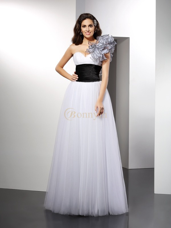 White Net One-Shoulder A-Line/Princess Floor-Length Dresses
