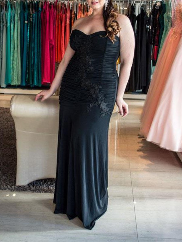 Black Chiffon Sweetheart Sheath/Column Floor-Length Plus Size Dresses