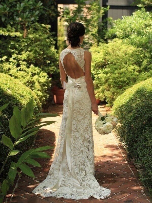 White Lace V-neck Sheath/Column Sweep/Brush Train Wedding Dresses