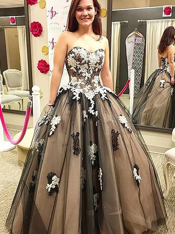 Black Tulle Sweetheart Ball Gown Floor-Length Dresses