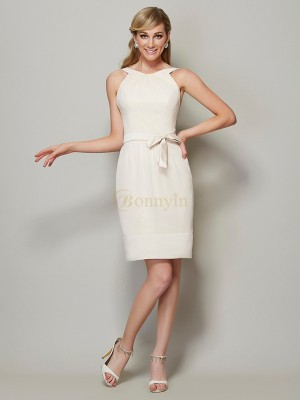 Champagne Chiffon Scoop Sheath/Column Knee-Length Bridesmaid Dresses