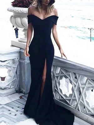 Black Spandex Off-the-Shoulder Sheath/Column Court Train Dresses