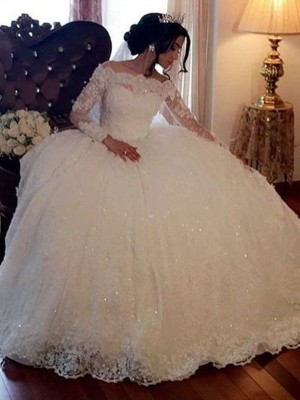 White Tulle Bateau Ball Gown Floor-Length Wedding Dresses