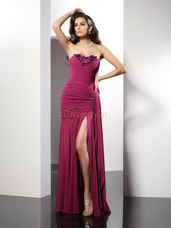 Burgundy Chiffon Strapless Sheath/Column Floor-Length Dresses