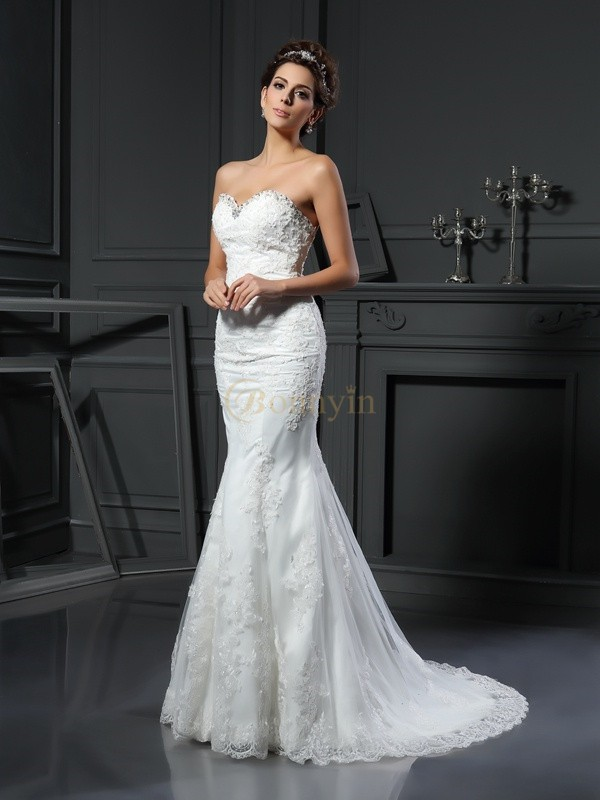 Ivory Net Sweetheart Sheath/Column Court Train Wedding Dresses