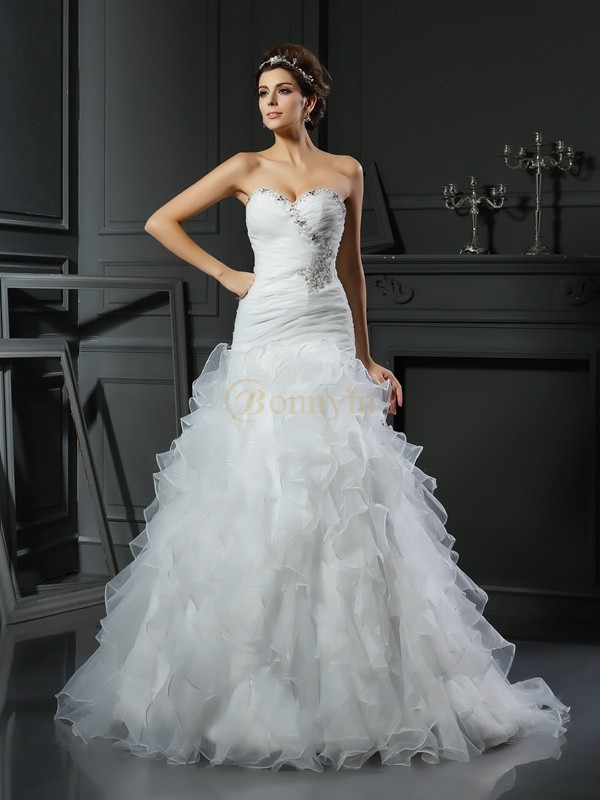 Ivory Organza Sweetheart Trumpet/Mermaid Chapel Train Wedding Dresses