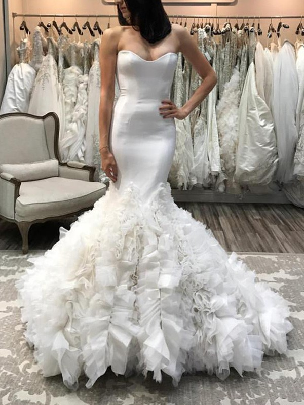 Ivory Organza Sweetheart Trumpet/Mermaid Court Train Wedding Dresses
