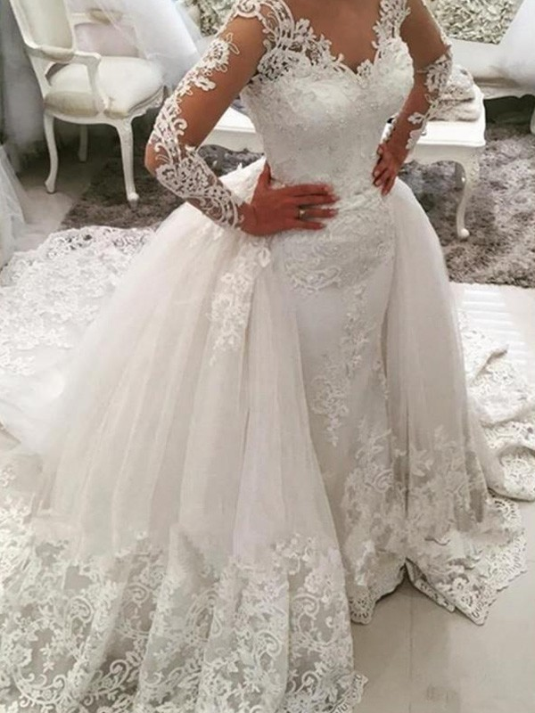 White Tulle V-neck Ball Gown Cathedral Train Wedding Dresses