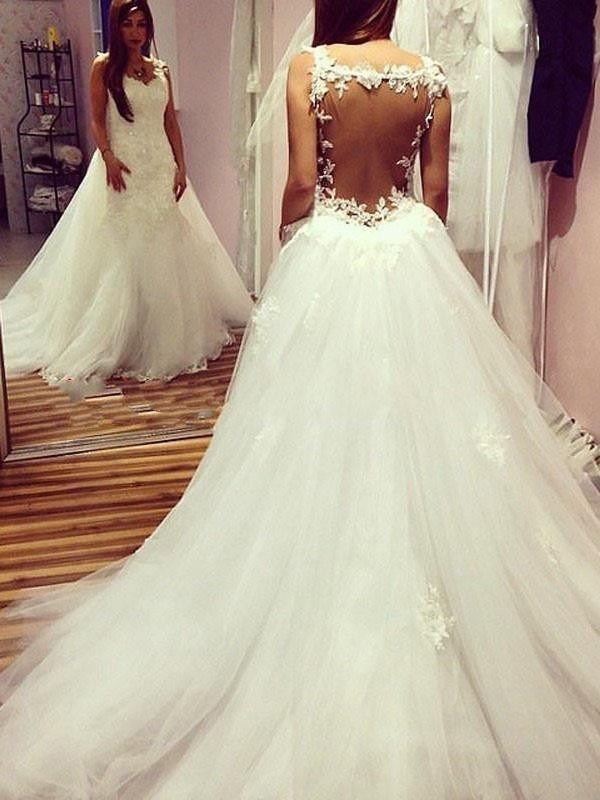 Ivory Tulle Sweetheart Ball Gown Chapel Train Wedding Dresses