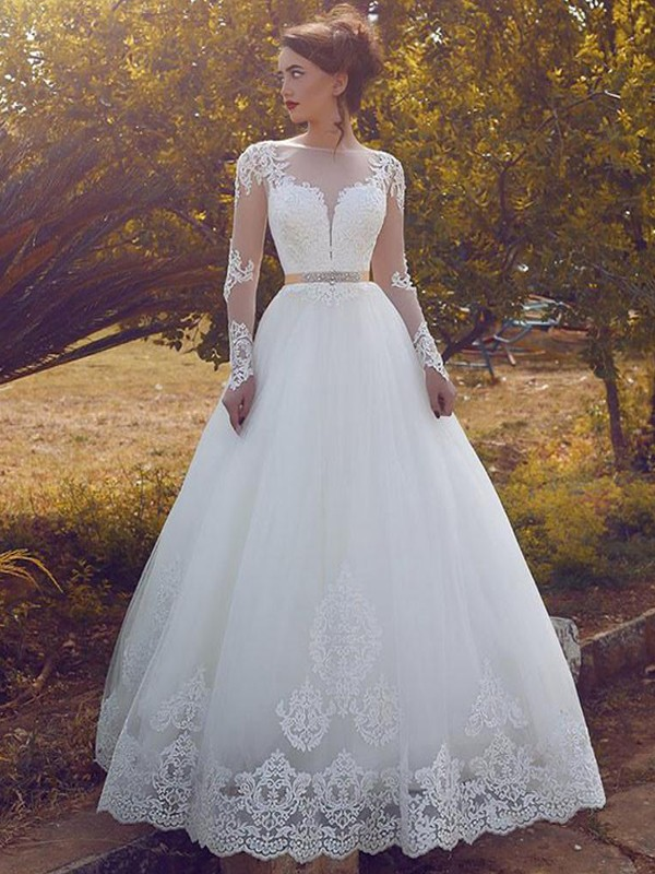 Ivory Tulle Bateau Ball Gown Floor-Length Wedding Dresses