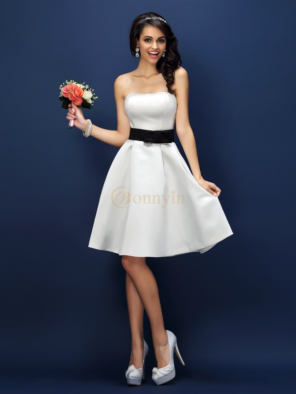 White Satin Strapless A-Line/Princess Knee-Length Bridesmaid Dresses