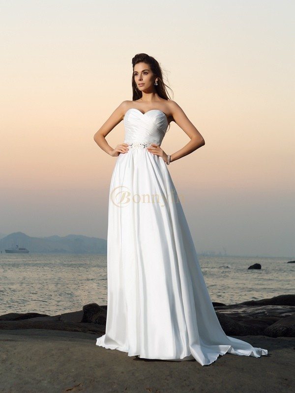 Ivory Taffeta Sweetheart A-Line/Princess Chapel Train Wedding Dresses