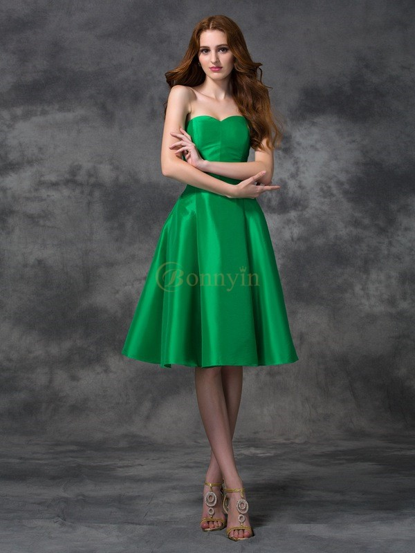 Green Taffeta Sweetheart A-line/Princess Knee-length Bridesmaid Dresses