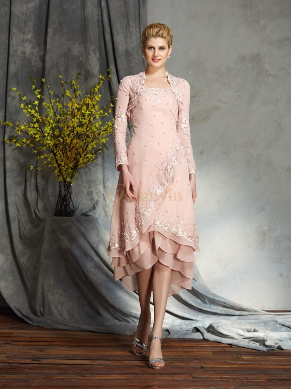 Pink Chiffon Strapless A-Line/Princess Knee-Length Mother of the Bride Dresses