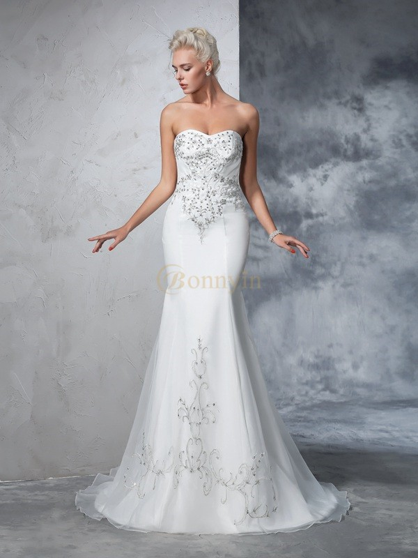 Ivory Satin Sweetheart Trumpet/Mermaid Court Train Wedding Dresses