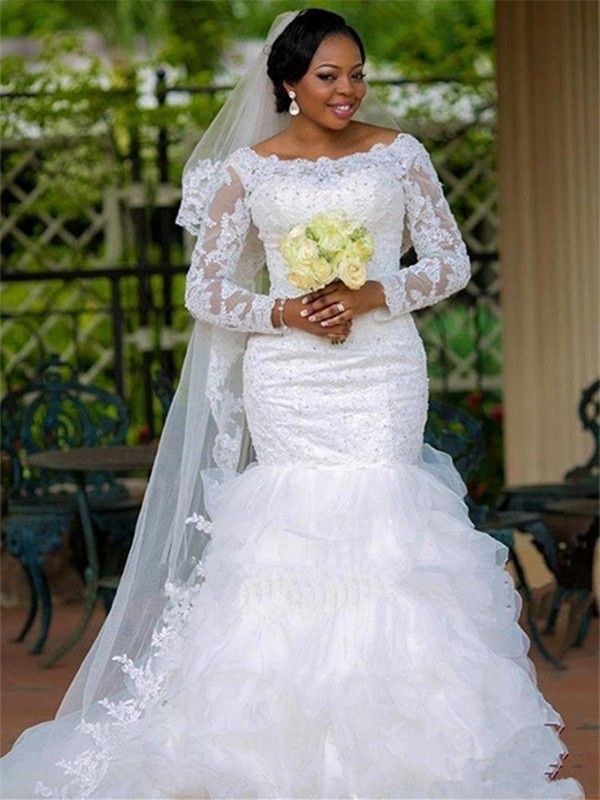 White Tulle Scoop Trumpet/Mermaid Chapel Train Wedding Dresses